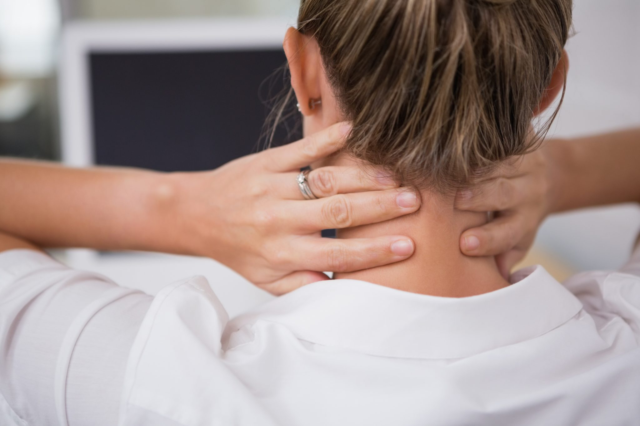 Here's How Your Poor Posture Can Contribute To Muscle Aches And Pains