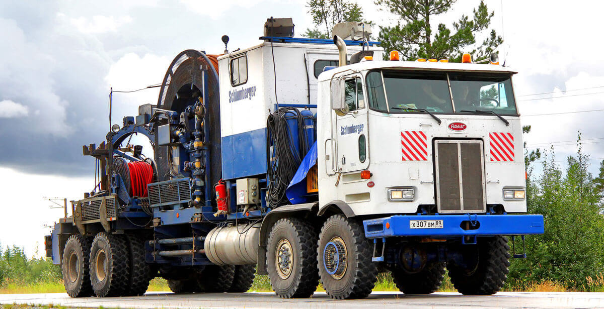 4 Benefits Of Hiring Towing Services